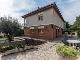 España, , 6 Habitaciones Habitaciones, ,4 BañoBathrooms,Vivienda,Compra