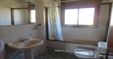 España, 08100, 5 Habitaciones Habitaciones, ,2 BañoBathrooms,Vivienda,Compra